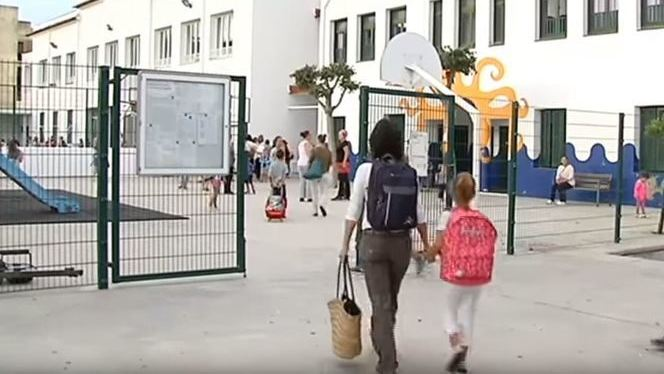El+curs+comen%C3%A7a+a+Menorca+amb+13+aules+prefabricades+i+la+calefacci%C3%B3+pendent+als+instituts+de+Ma%C3%B3+i+Alaior