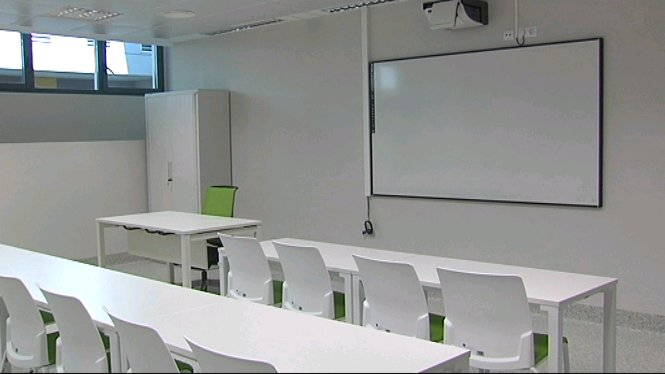 Tot+llest+a+la+UIB+per+iniciar+les+classes+a+la+Facultat+de+Medicina
