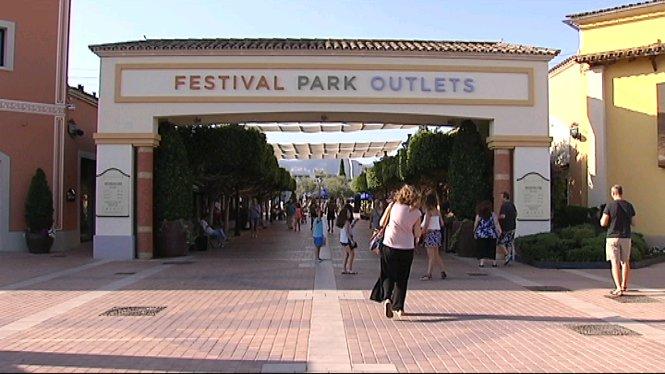 Festival+Park+torna+a+canviar+de+mans