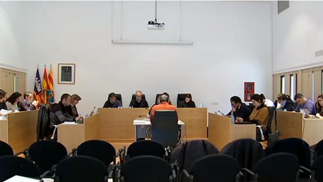 L%27elevat+preu+de+l%27aigua+centra+el+ple+de+Formentera
