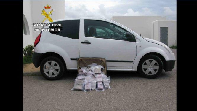 Interceptat+un+vehicle+amb+30+quilos+d%27haixix+a+Sant+Antoni+de+Portmany