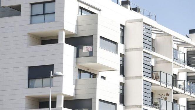 Els+hotels+han+de+superar+m%C3%A9s+de+240+normes+per+poder+obrir+a+Menorca
