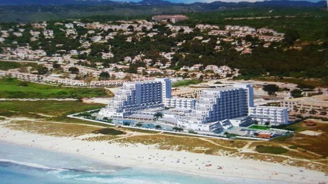 Alaior+confia+que+el+Consell+aprovi+la+reforma+proposada+per+Meli%C3%A0+als+hotels+de+Son+Bou