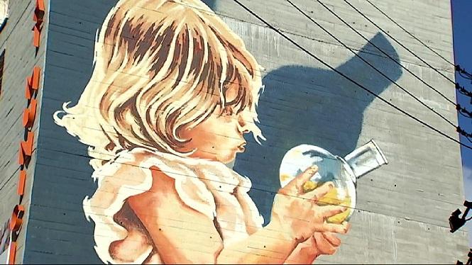 Inaugurat+a+Inca+el+mural+de+Joan+Aguil%C3%B3+sobre+la+dona+i+la+ci%C3%A8ncia