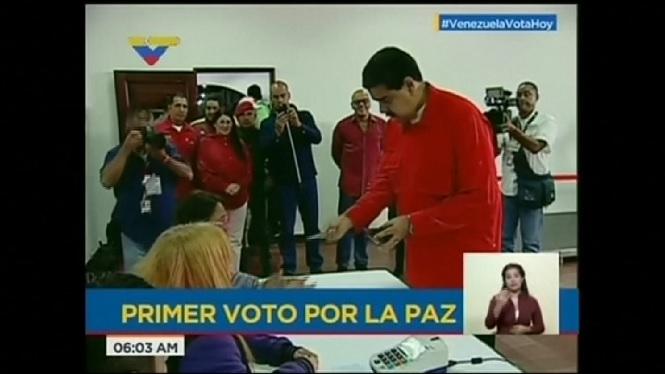 Vene%C3%A7uela+celebra+avui+eleccions+a+l%27Assemblea+Constituient