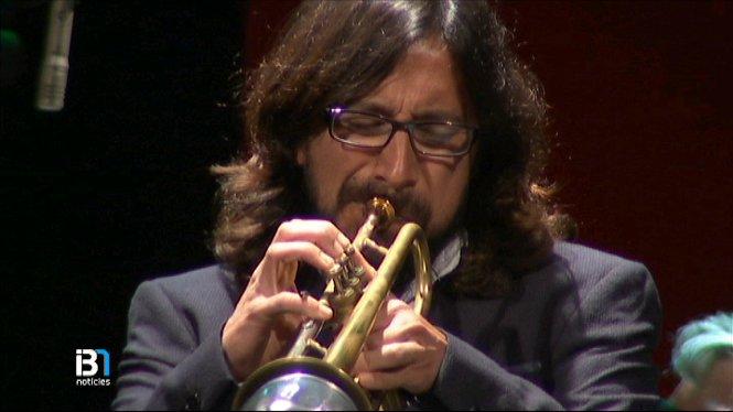 Concert+del+trompetista+i+compositor+Miles+Davis+al+Teatre+Principal+de+Ma%C3%B3+en+benefici+de+les+persones+amb+malalties+mentals+de+l%E2%80%99illa