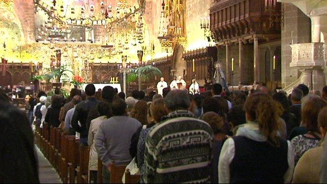 La+Seu+de+Mallorca+acull+una+missa+oficiada+pel+bisbe+Xavier+Salinas+en+record+de+les+v%C3%ADctimes+de+la+cat%C3%A0strofe+de+l%27Equador
