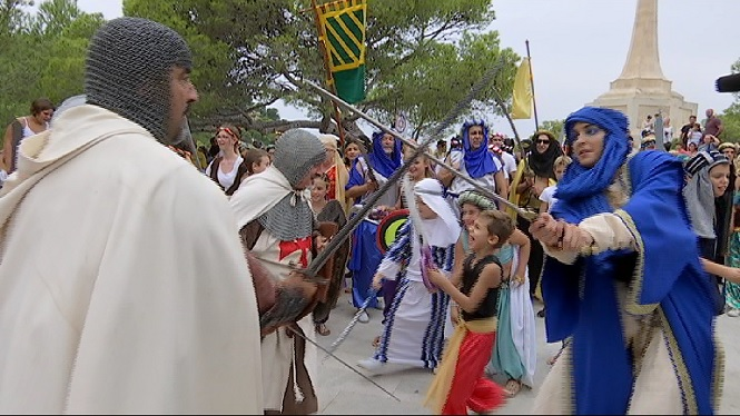 Santa+Pon%C3%A7a+celebra+les+Festes+del+Rei+en+Jaume+amb+la+lluita+entre+moros+i+cristians