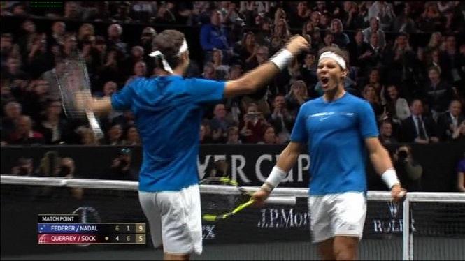 Nadal+i+Federer+comparteixen+pista+a+la+Laver+Cup