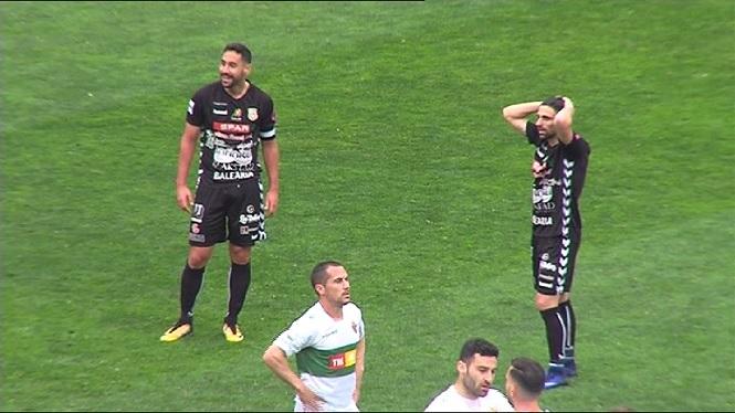 La+Penya+Esportiva+cerca+els+primers+punts