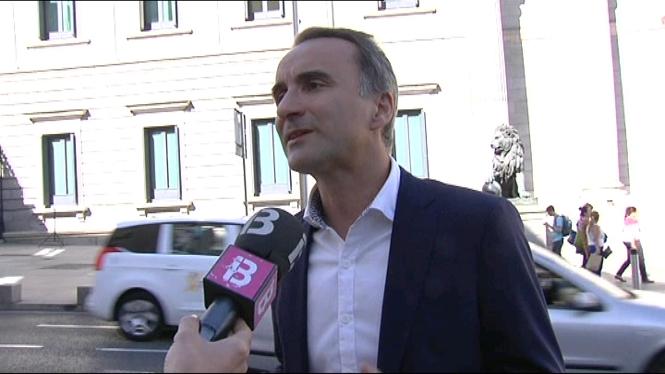 Els+dos+diputats+balears+del+PSOE%2C+Pons+i+Hernanz%2C+mantenen+el+seu+vot+negatiu+a+la+investidura+de+Rajoy