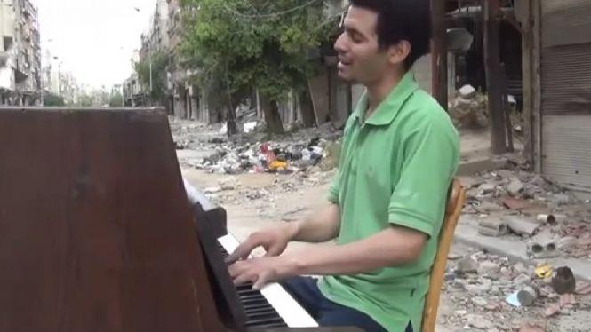 Un+pianista+refugiat+acosta+S%C3%ADria+al+Principal+de+Palma