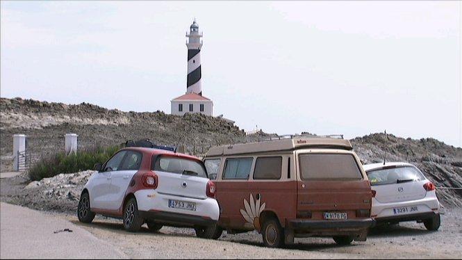 El+Govern+i+el+Consell+de+Menorca+fan+feina+per+regularitzar+els+aparcaments+situats+devora+les+platges