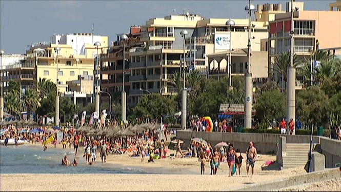 Ve%C3%AFnats+i+hotelers+de+la+Platja+de+Palma+s%27uneixen+per+acabar+amb+l%27incivisme