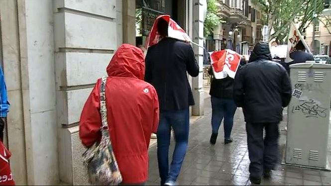 La+pluja+obliga+a+suspendre+els+actes+del+Primer+de+Maig+a+Palma