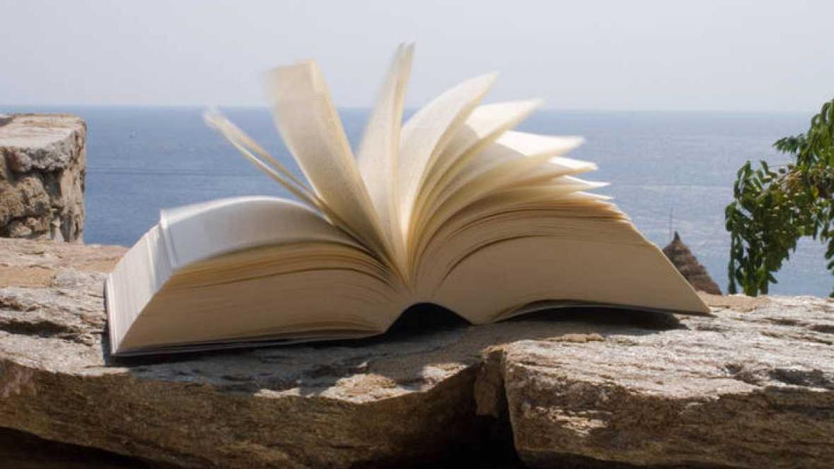Poemes+als+passos+de+vianants+a+Eivissa