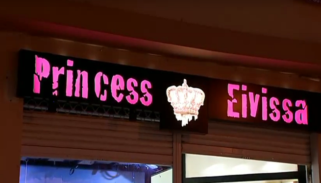Detinguts+tres+menors+pel+robatori+a+la+botiga+Princess+a+Eivissa