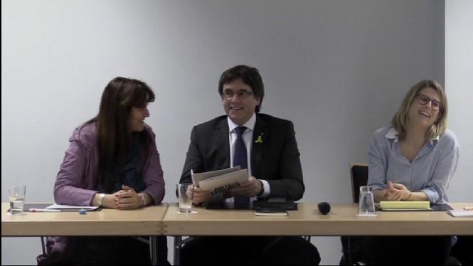 Puigdemont+es+reuneix+amb+els+diputats+de+JxCat+a+Brussel%C2%B7les