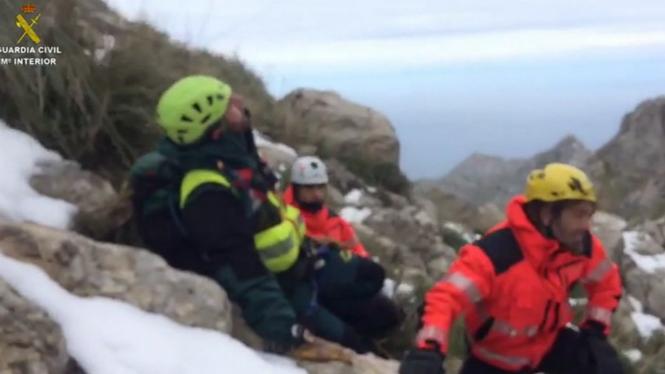 Rescaten+amb+helic%C3%B2pter+una+excursionista+ferida+a+Valldemossa