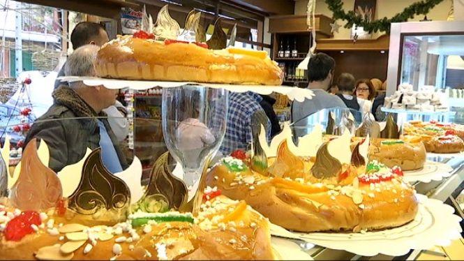 Pastissers+i+forners+elaboren+centenars+de+tortells+de+Reis+per+a+celebracions+familiars