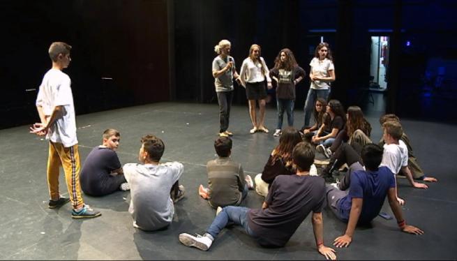 400+alumnes+d%27Alc%C3%BAdia+participen+a+la+15a+Mostra+de+Teatre+Escolar