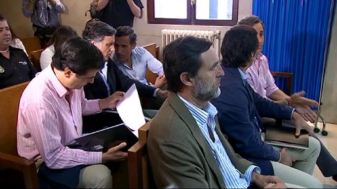 Comen%C3%A7a+el+judici+per+estafa+contra+els+germans+Ruiz+Mateos