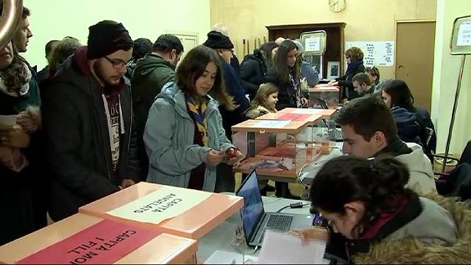 4.000+sollerics+voten+qui+representar%C3%A0+els+protagonistes+del+Fir%C3%B3