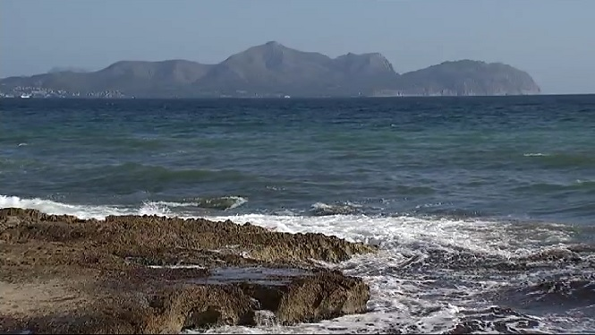 Mor+ofegat+un+home+a+la+platja+de+Son+Baul%C3%B3