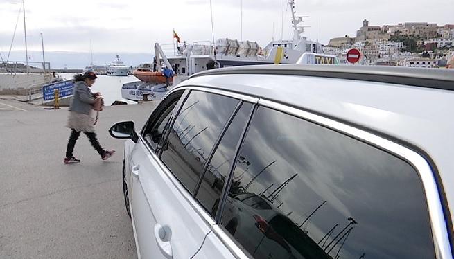 Retard+a+Eivissa+en+la+posada+en+marxa+dels+taxis+estacionals