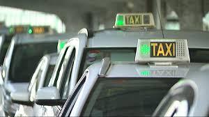 Primer+taxi+de+les+Balears+amb+un+desfibril%C2%B7lador