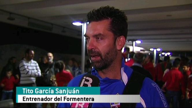 El+t%C3%A8cnic+Tito+Garc%C3%ADa+es+mostra+preocupat+per+la+saturaci%C3%B3+de+partits+del+Formentera+entre+Lliga+i+Copa