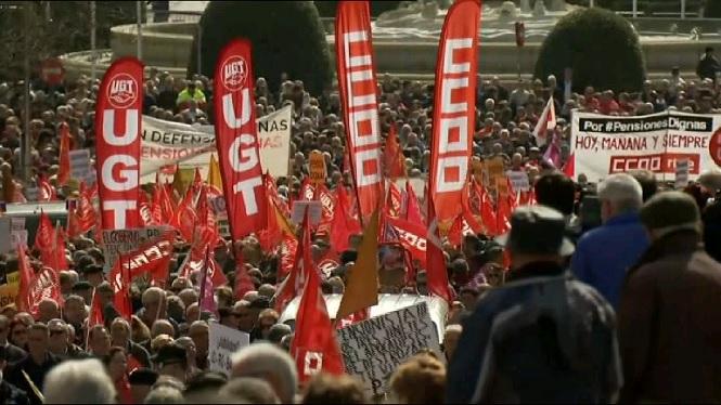 Milers+de+pensionistes+inunden+tota+Espanya+exigint+derogar+la+reforma+de+les+pensions
