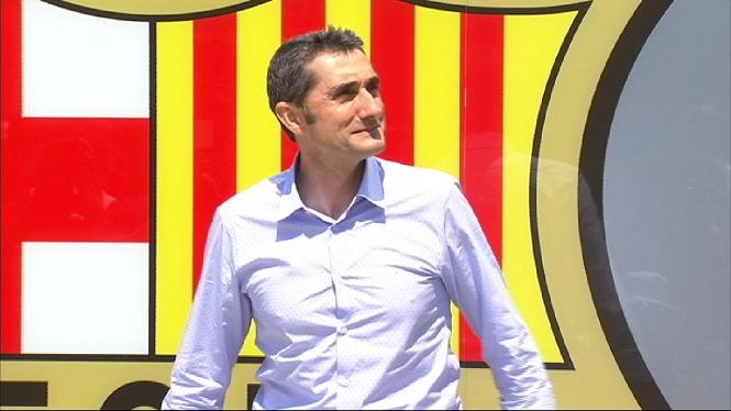 Valverde%2C+de+l%27Escola+Balear+d%27Entrenadors+a+la+banqueta+del+Bar%C3%A7a