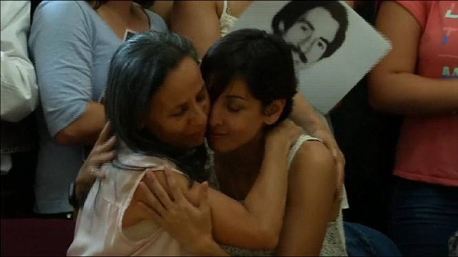 Localitzen+una+dona+robada+quan+era+nad%C3%B3+durant+la+dictadura+argentina