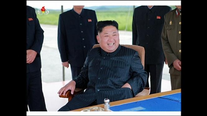 Corea+del+Nord+amena%C3%A7a+amb+el+llan%C3%A7ament+de+m%C3%A9s+m%C3%ADssils