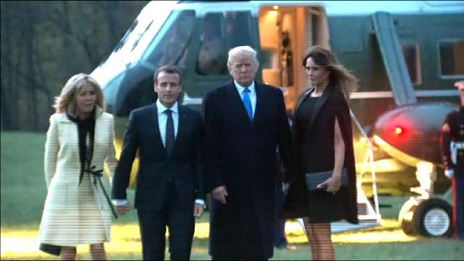 Macron%2C+primer+cap+d%27estat+que+rep+Donald+Trump
