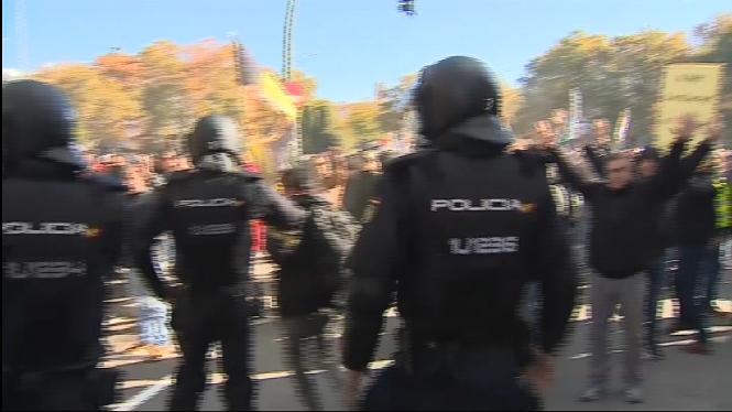 C%C3%A0rregues+antiavalots+en+la+manifestaci%C3%B3+dels+taxistes+a+Madrid