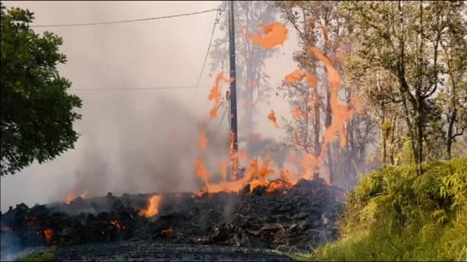 El+volc%C3%A0+Kilauea+destrueix+una+vintena+de+cases