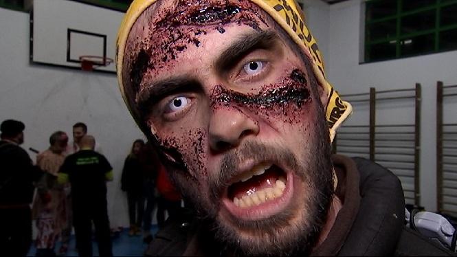 Un+miler+de+zombies+es+fan+amb+el+control+de+Capdepera